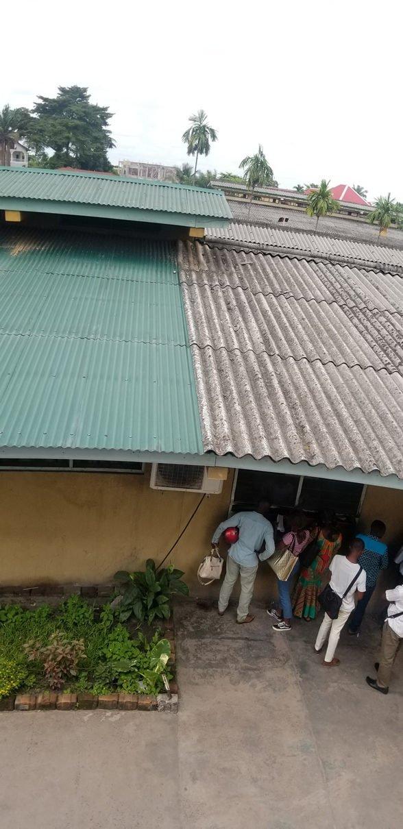 Vue aerienne de la toiture de l'hopital saint jospeh réhabilité 3